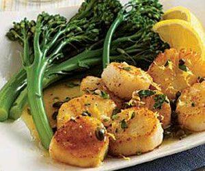Garlic Scallops and Broccolini